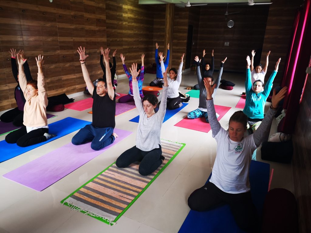 200 hours Yoga in rishikesh
